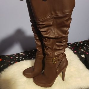 Guess boots 61/2